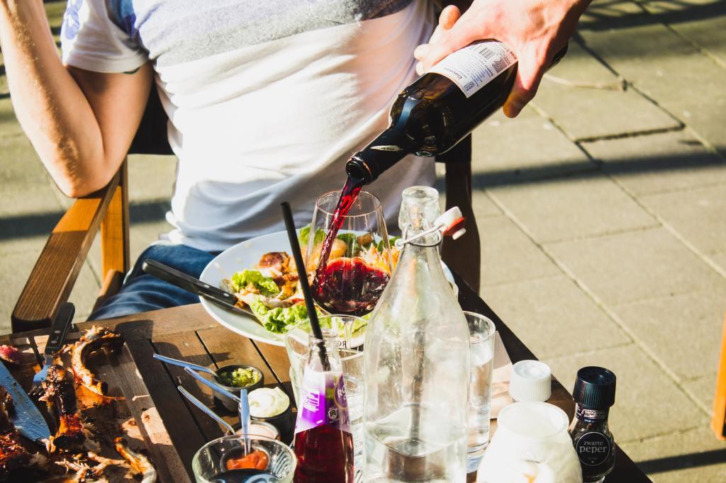 terrasse vin soleil bordeaux